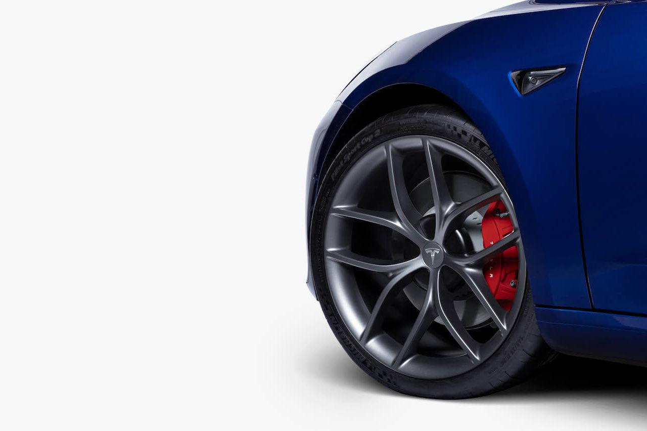 Tesla släpper ny version av Track Mode och ett Track Package