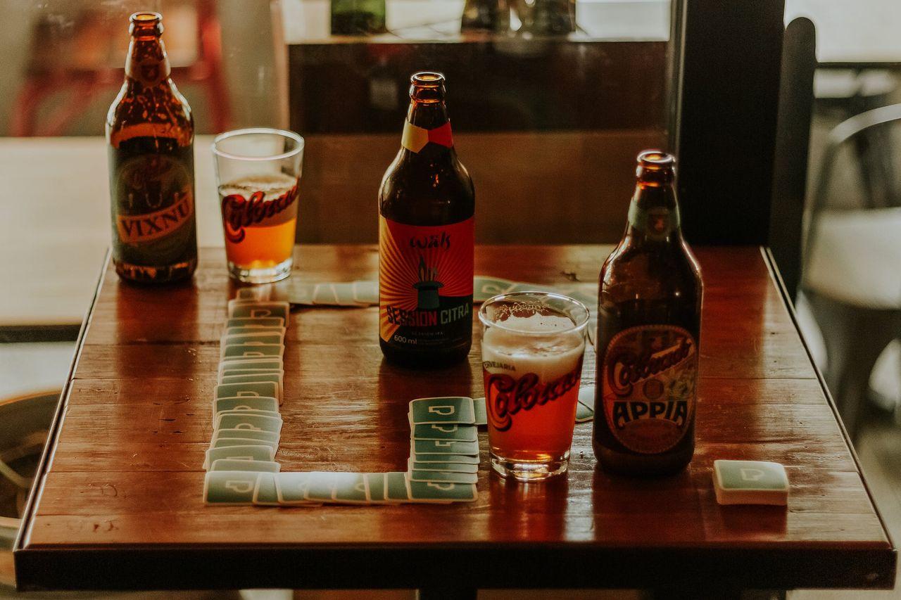 Alkoholkonsumtionen fortsätter att minska i Sverige