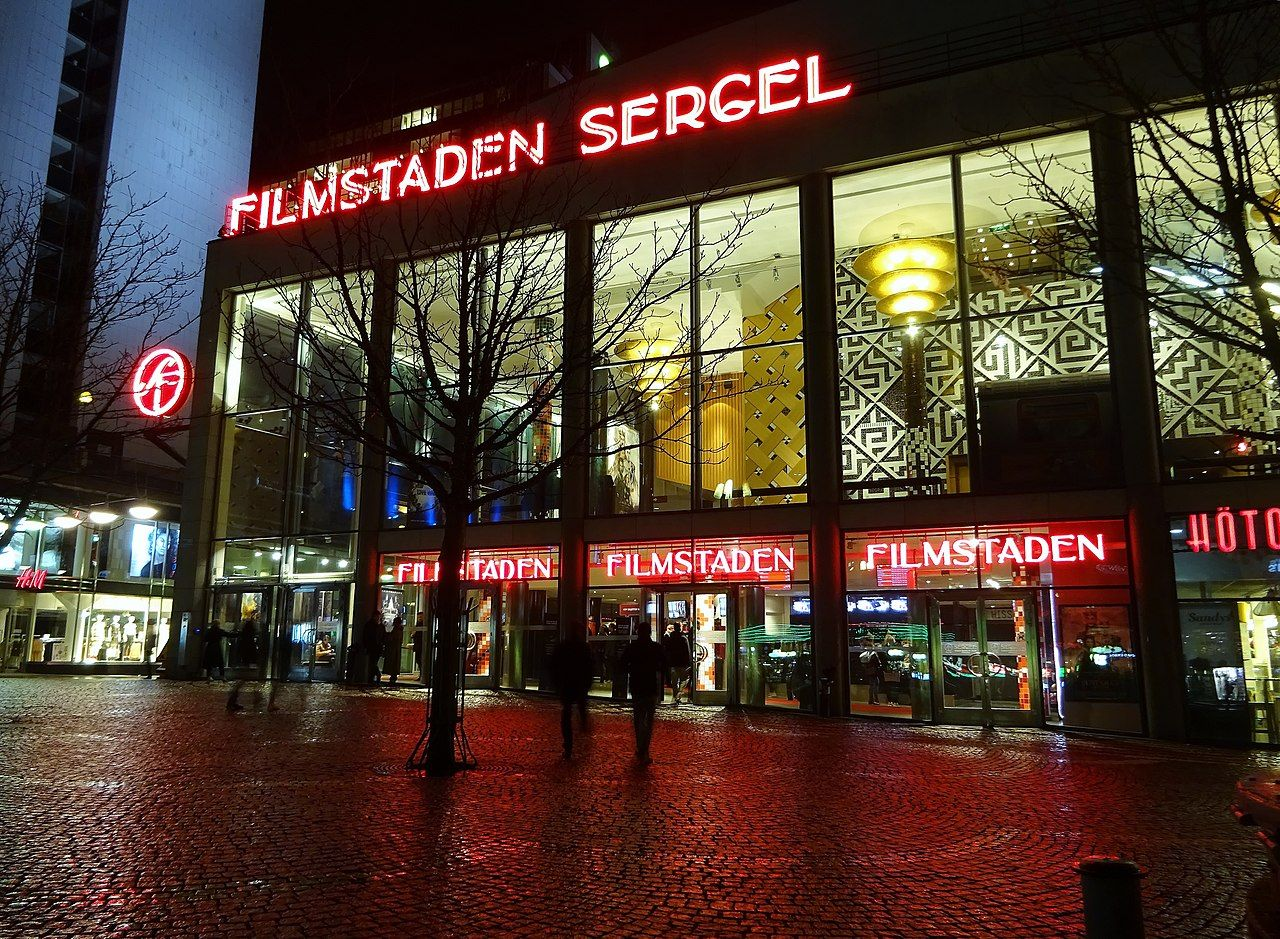 Filmstaden begränsar antalet besökare på sina biografer