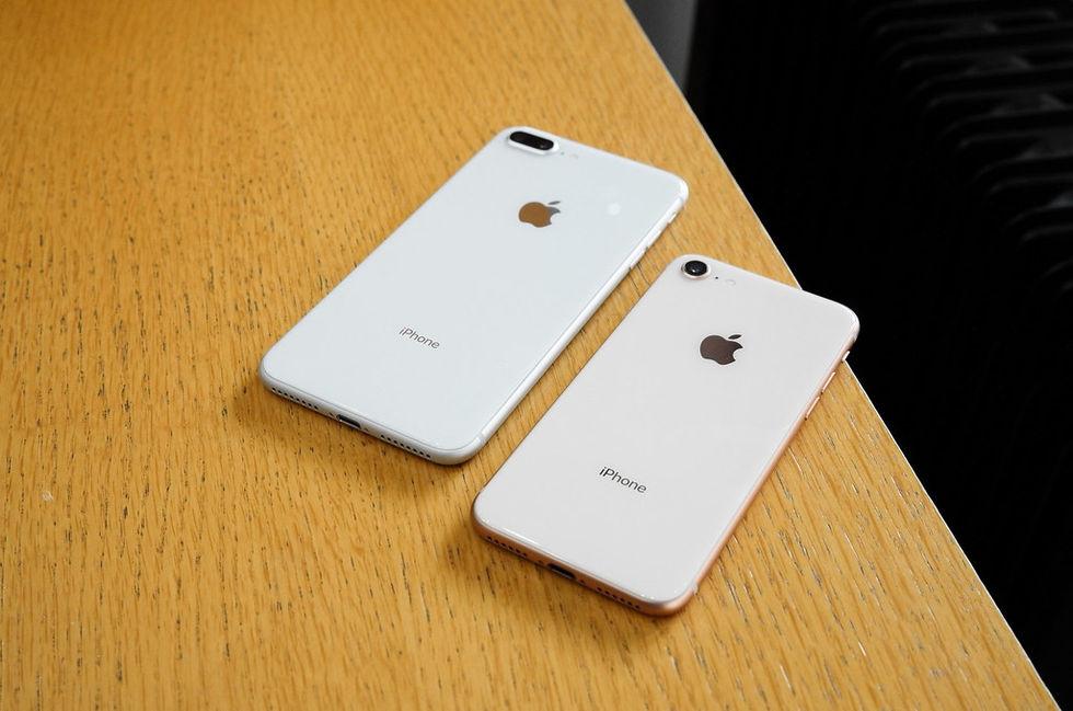 Apple ryktas släppas två budget-iPhones