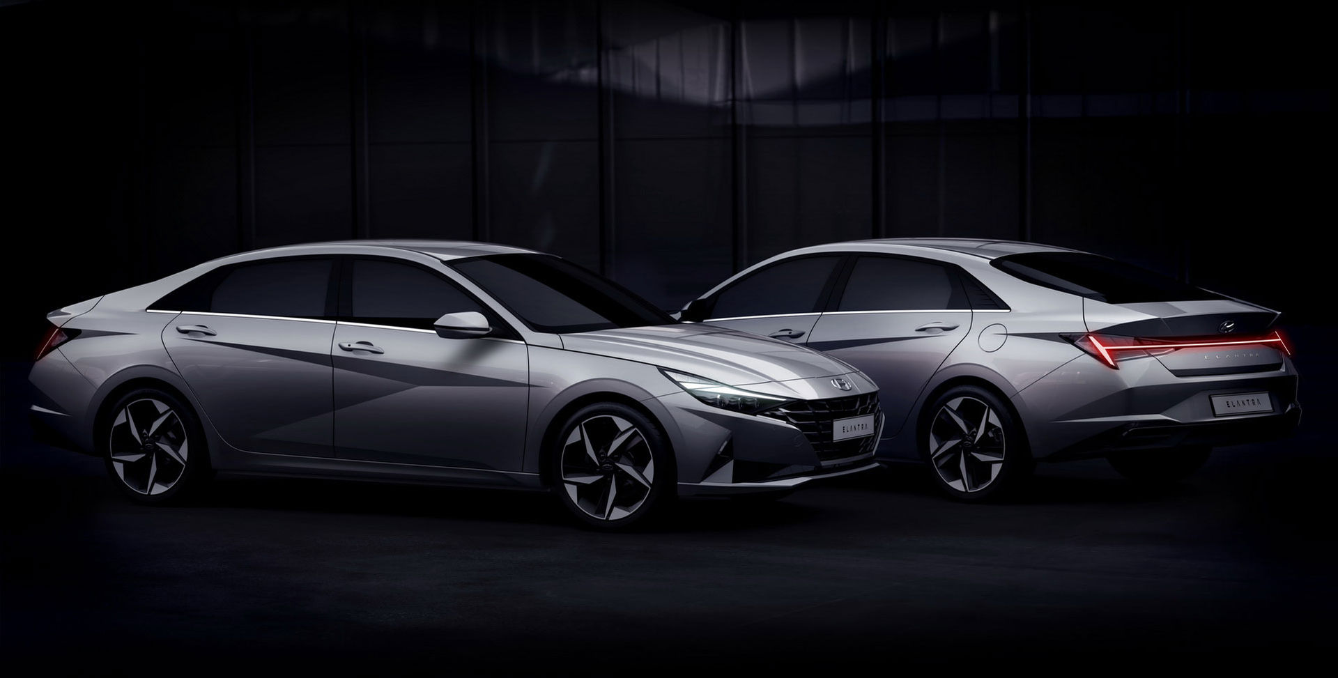 Hyundai rullar ut nya Elantra