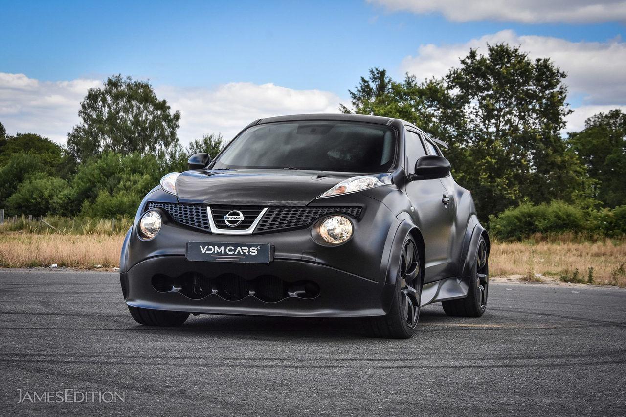 En Nissan Juke-R är till salu