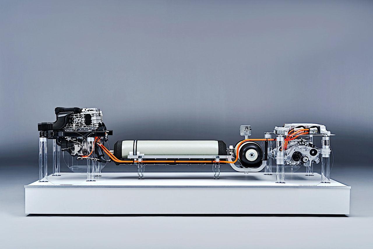 En första titt på BMW:s bränslecellsdrivlina