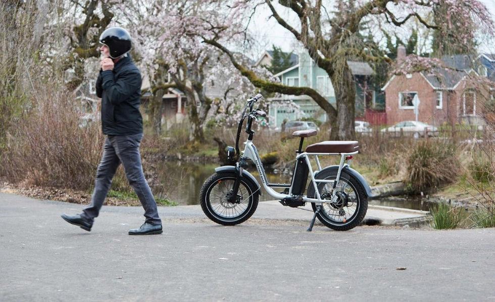 RadRunners nya elcykel är inspirerad av klassiska motorcyklar