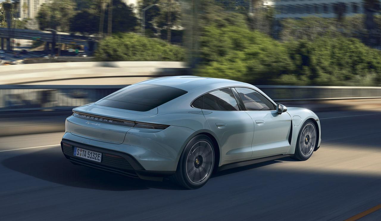 Ny instegsversion av Porsche Taycan på gång