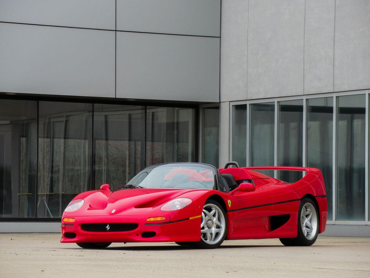 Den Ferrari F50 som ställdes ut på Frankfurt 1995 är nu till salu