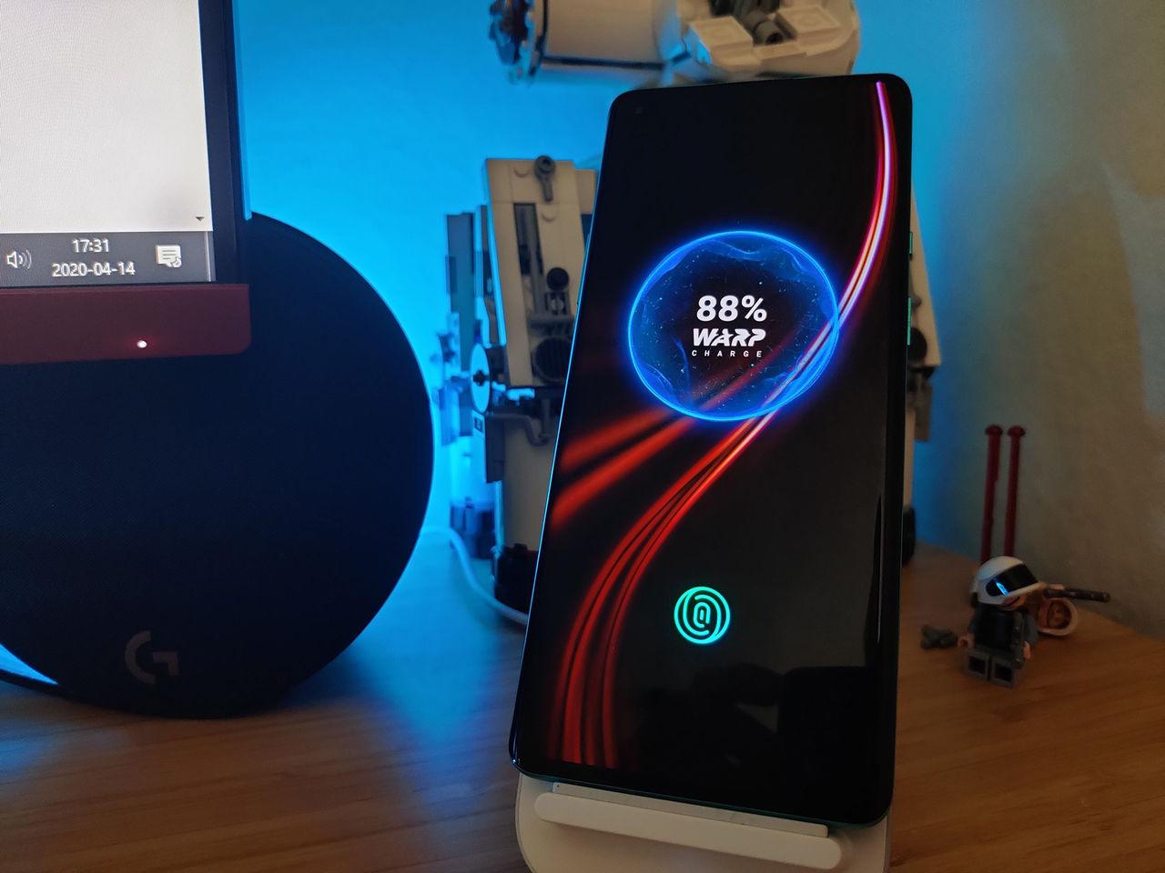 Nästa OnePlus-telefon kan komma med 65W-laddare
