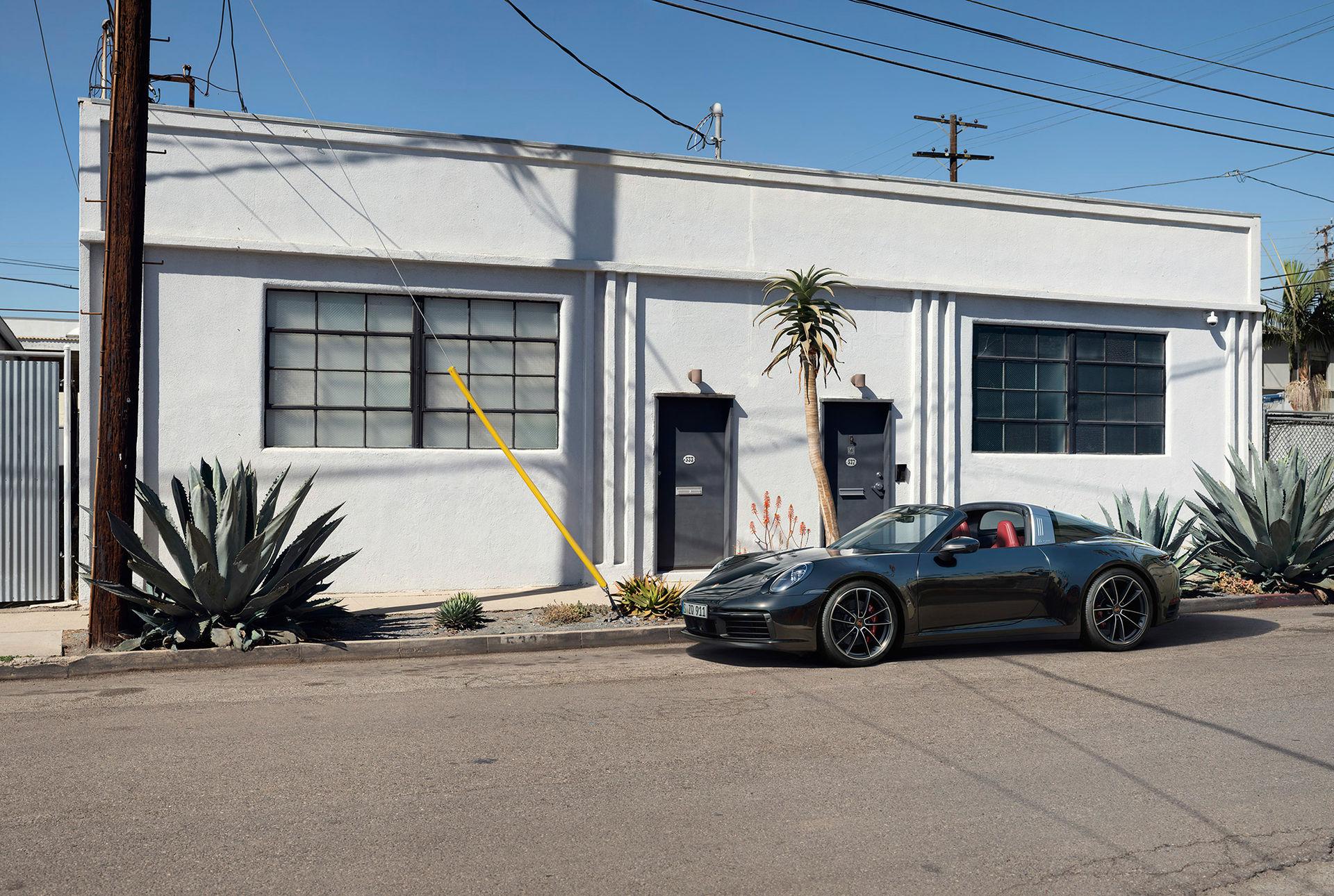 Nu är nya Porsche 911 Targa här