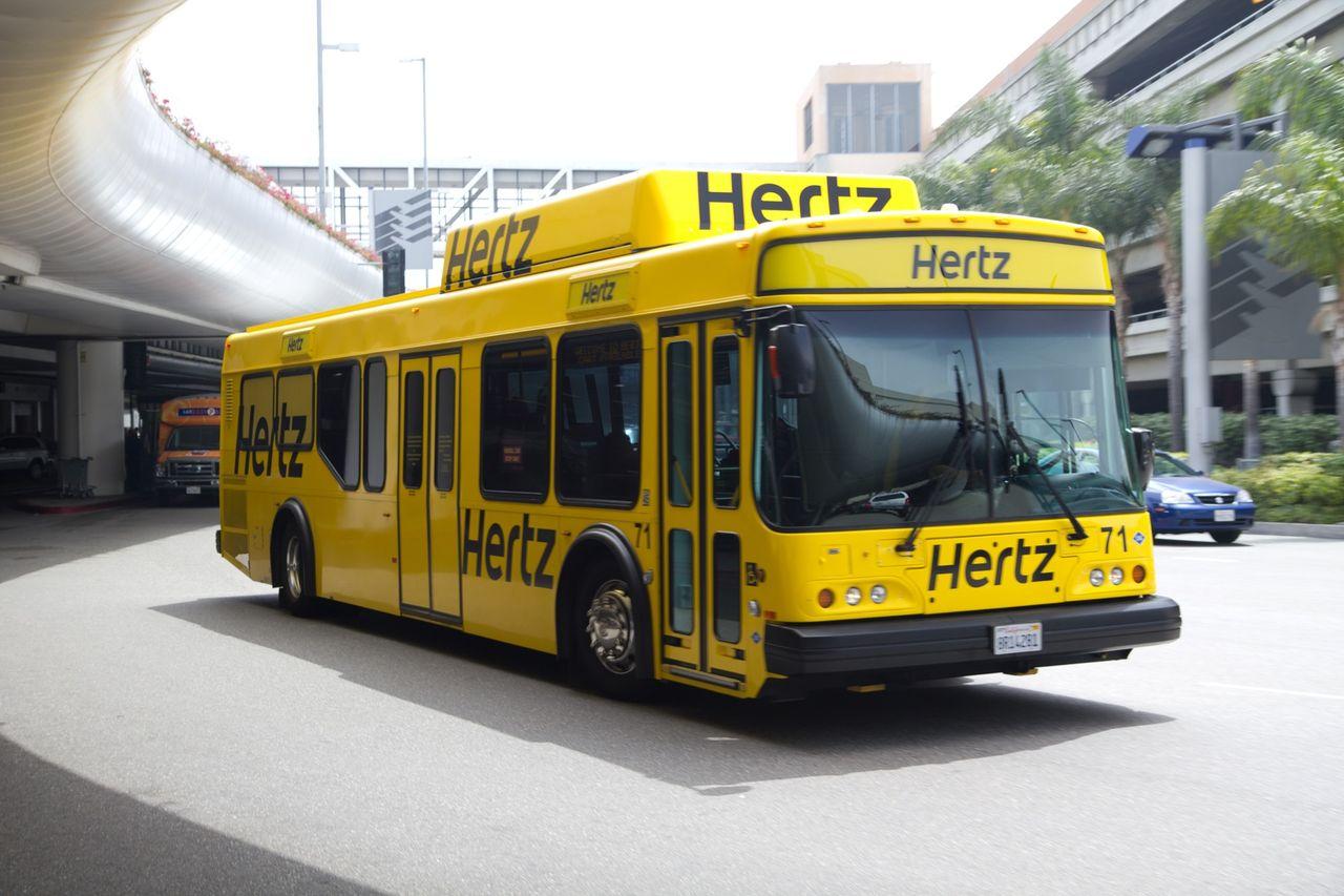 Hertz begär företagsrekonstruktion