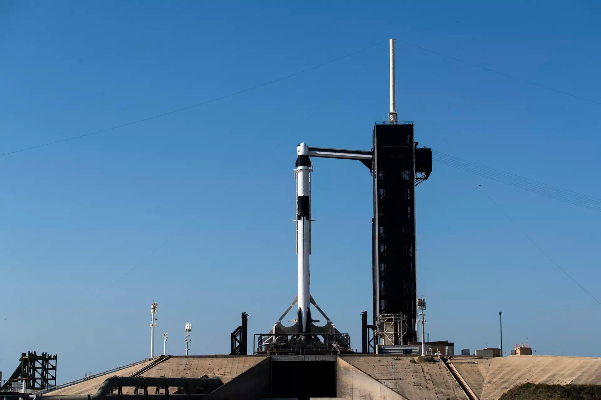 Kolla in när SpaceX och NASA skickar astronauter till ISS