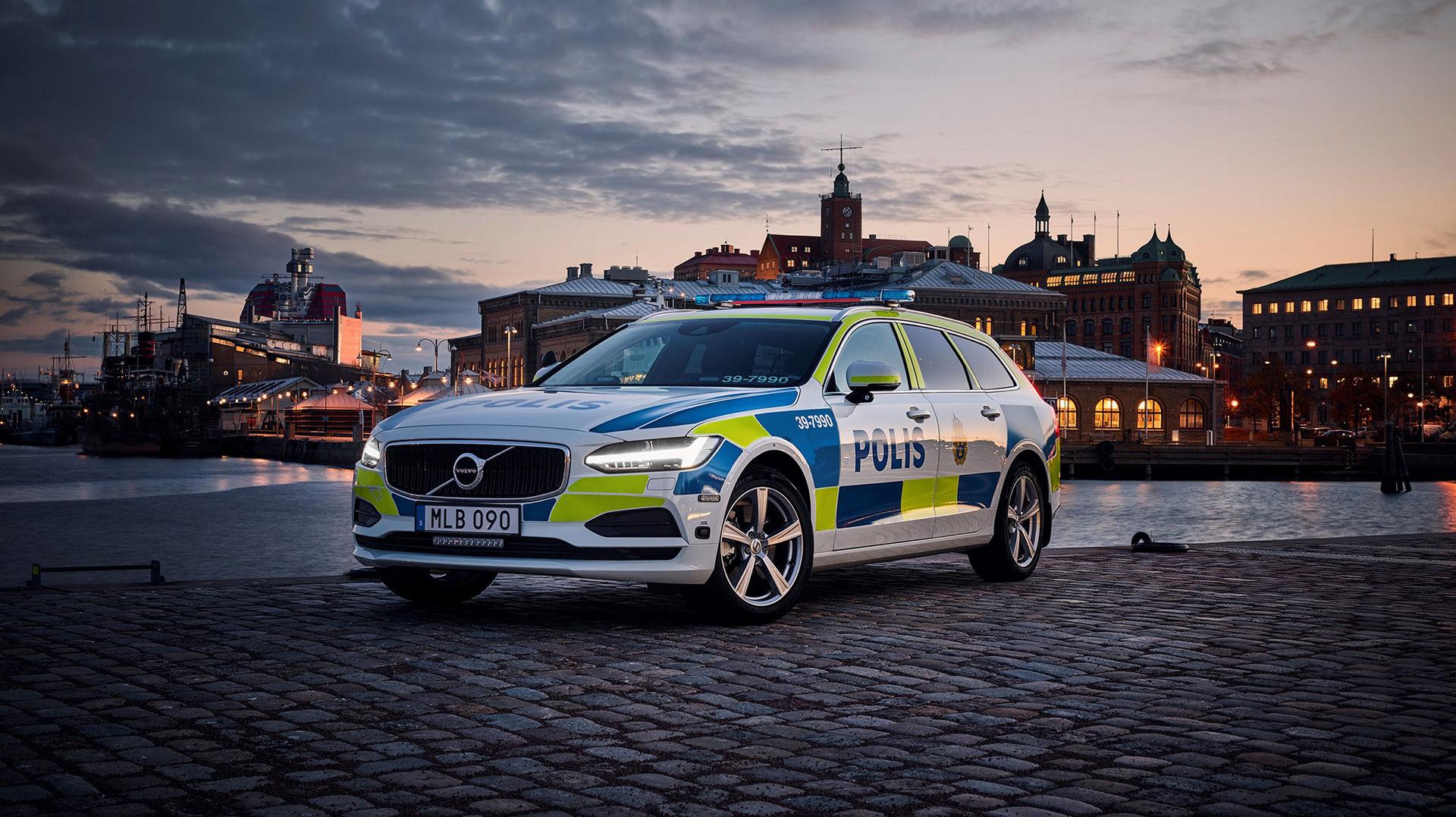 Polisen i Sverige får 2200 nya Volvo-bilar
