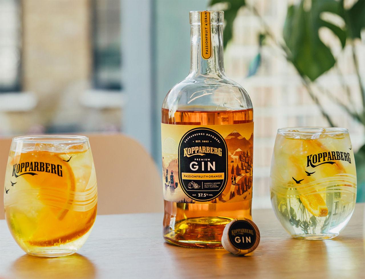 Gin med smak av passionsfrukt och apelsin