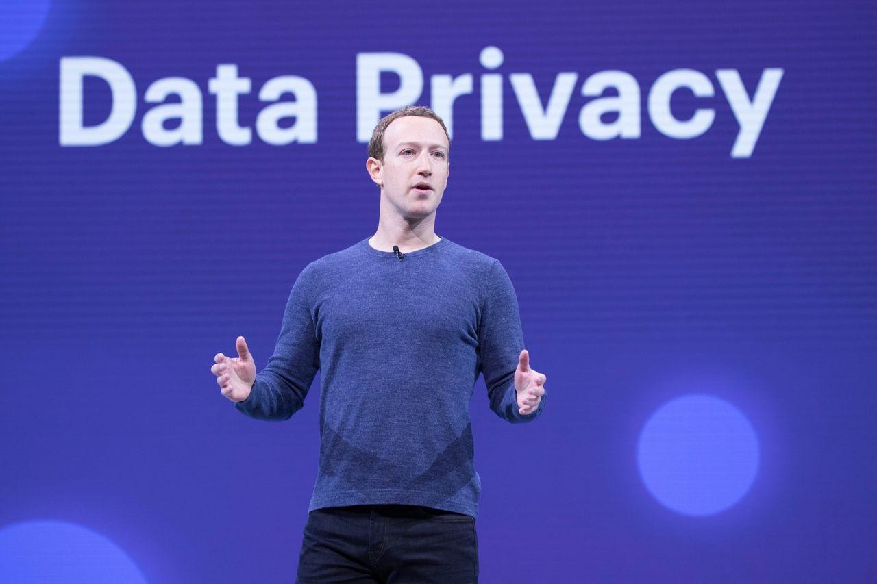 Facebook-anställda protesterar mot att inget görs mot Trump