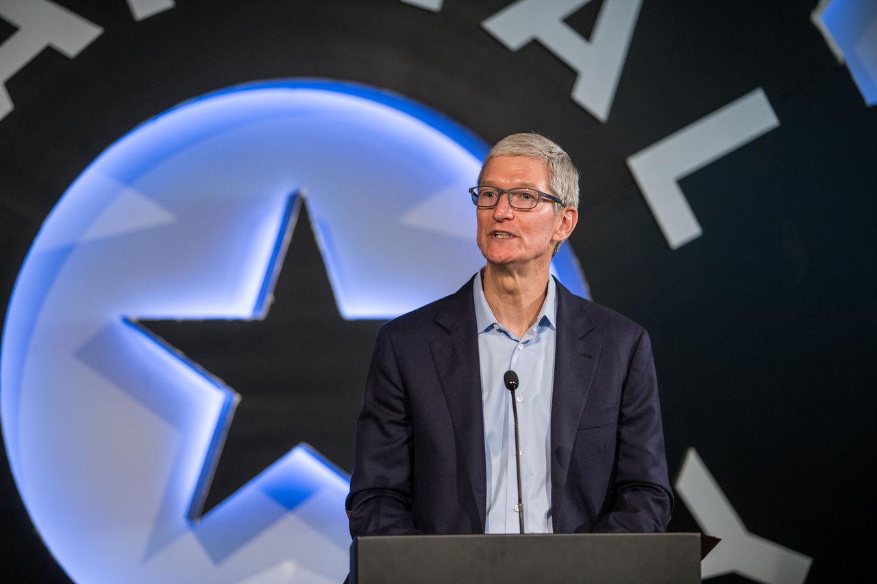 Apples vd Tim Cook uttalar sig om George Floyds död