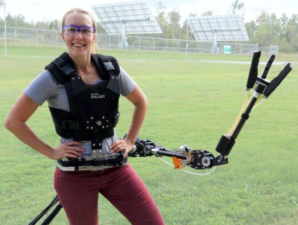 Det här exoskelettet kan ge dig en hjälpande hand