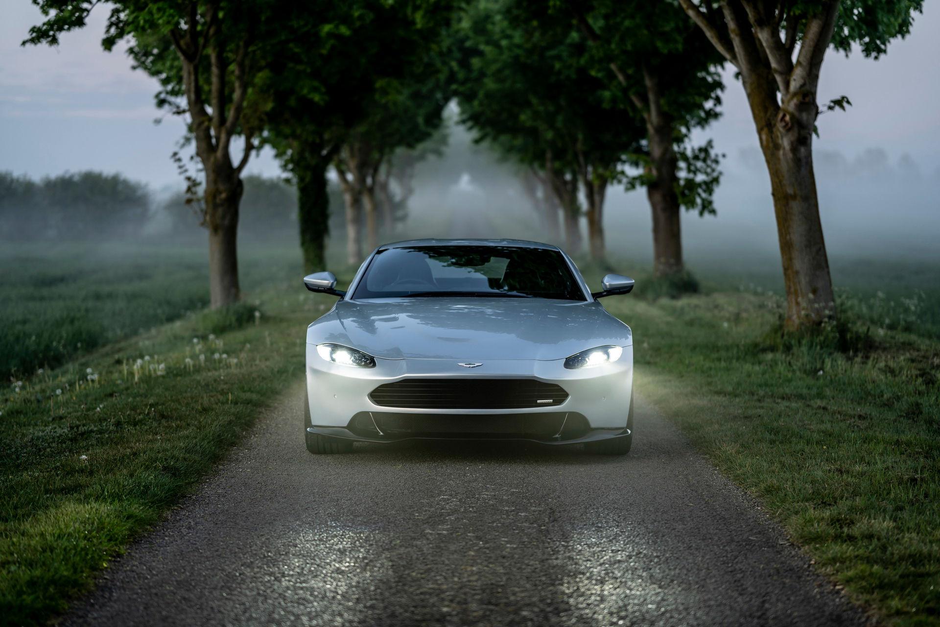 Revenant Automotive fixar till nosen på Aston Martin Vantage