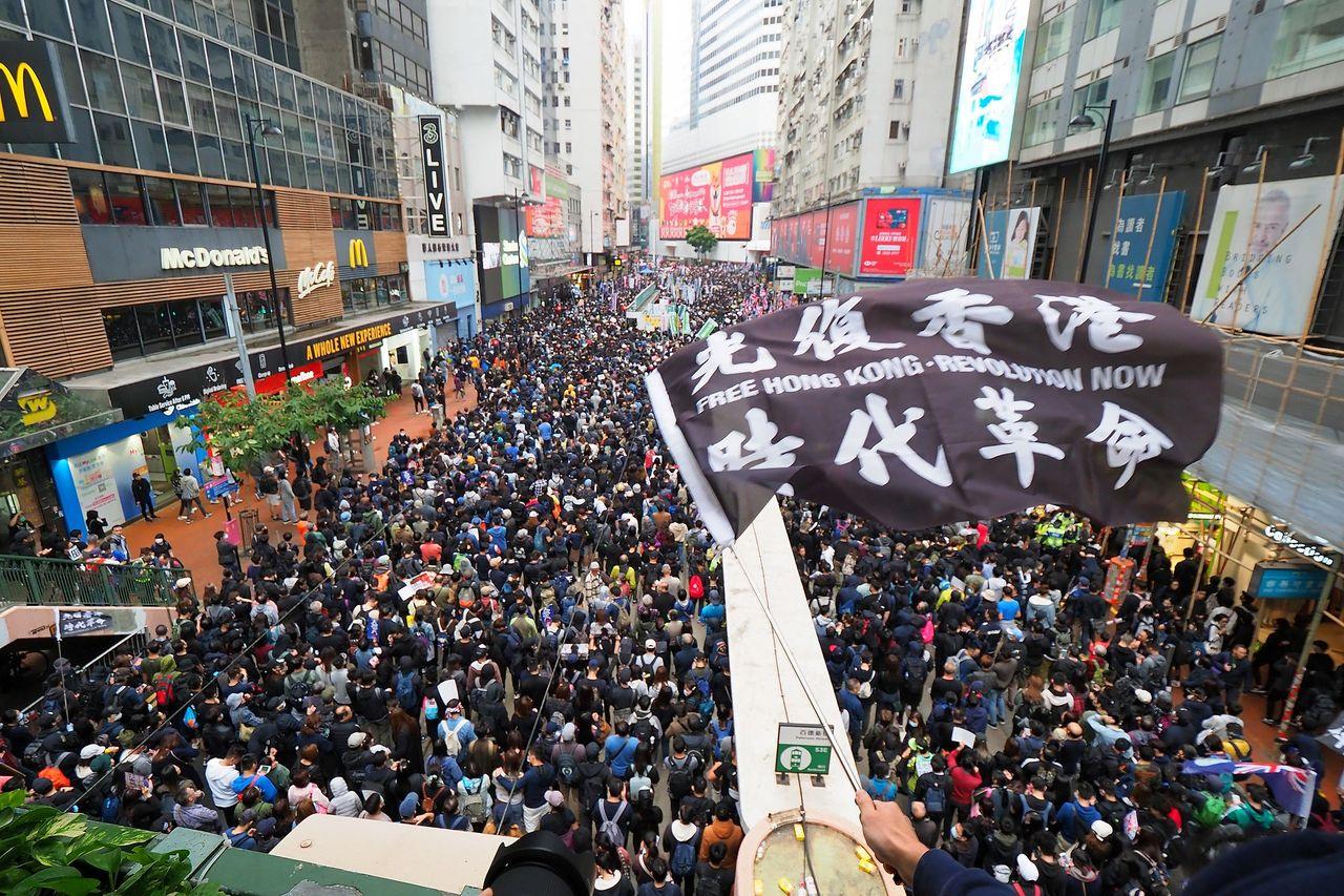 Twitter raderar 170.000 konton som spred kinesiska lögner