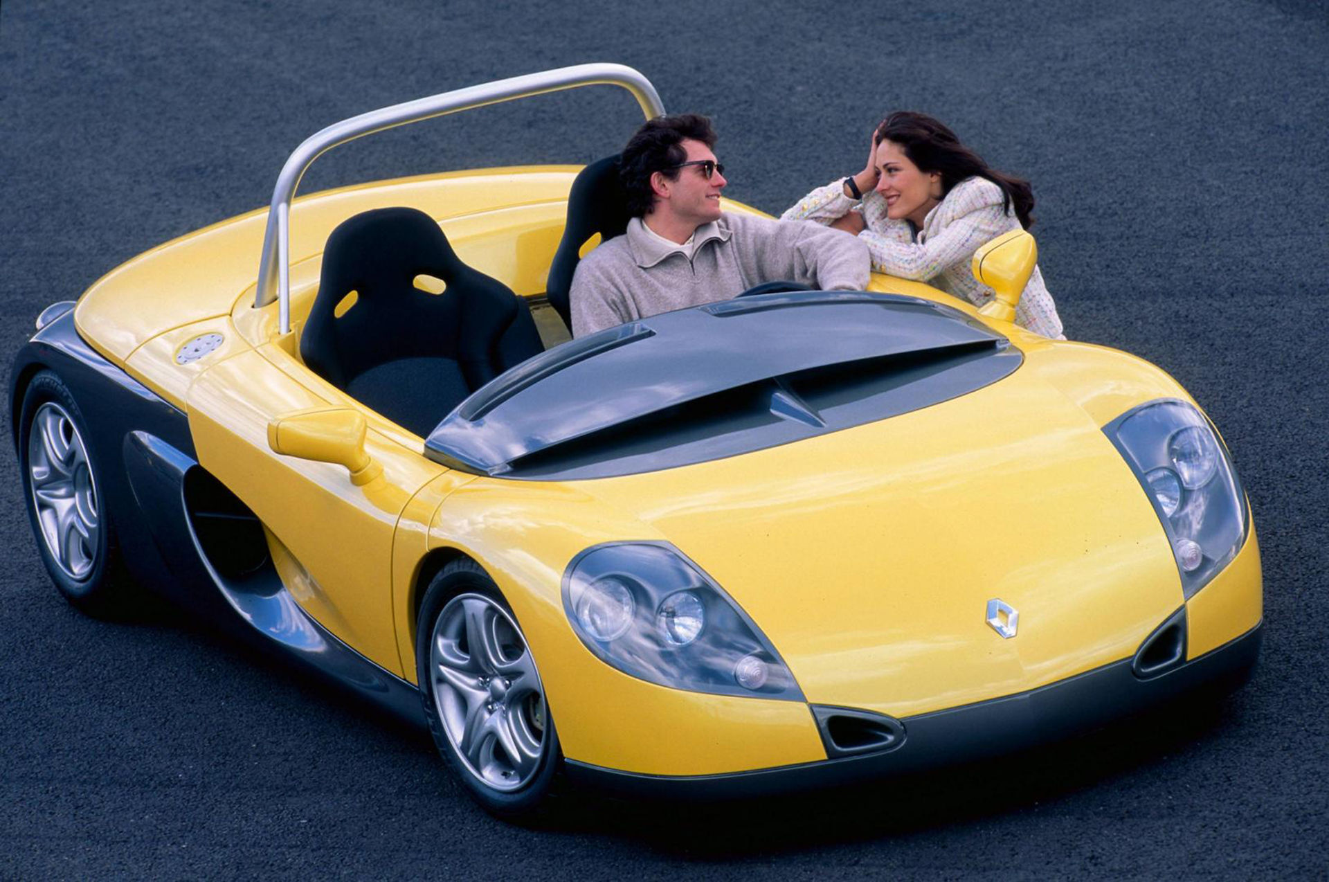 Tut i luren! Renault Sport Spider fyller 25 år!