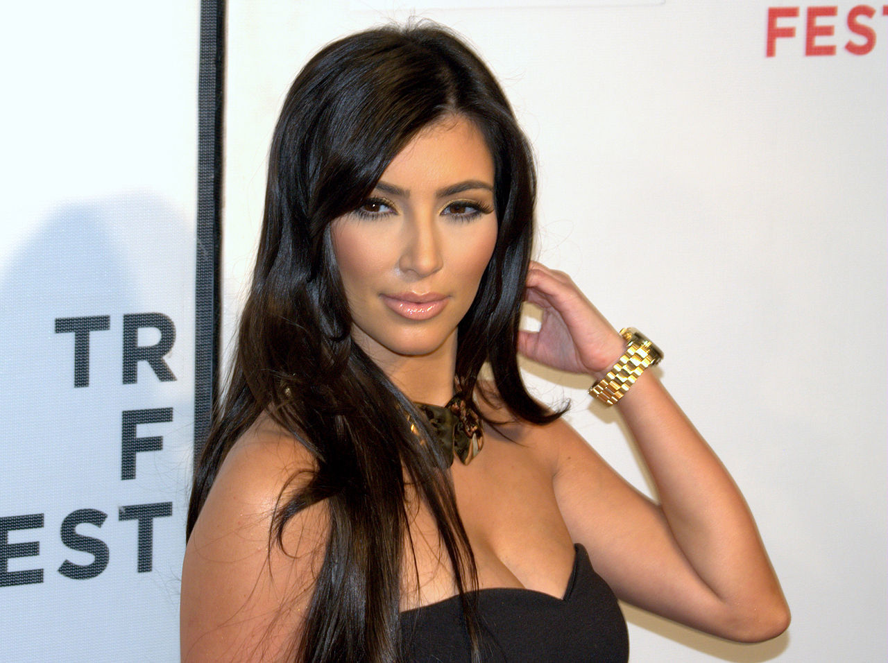 Kim Kardashian ska göra krim-podd på Spotify