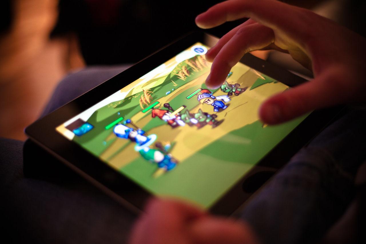 Snart kan man lira spel på iPad med mus och tangentbord
