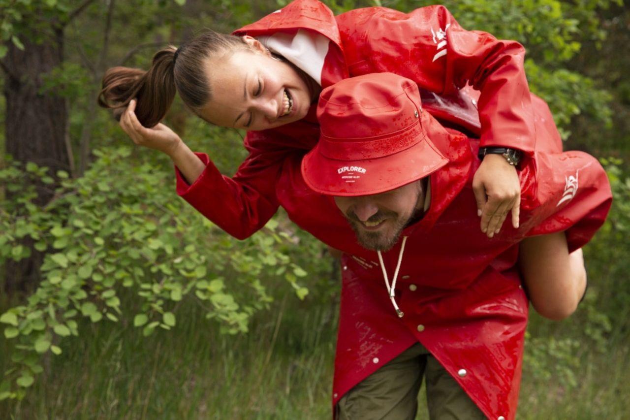 Nya regnkläder från Explorer Vodka