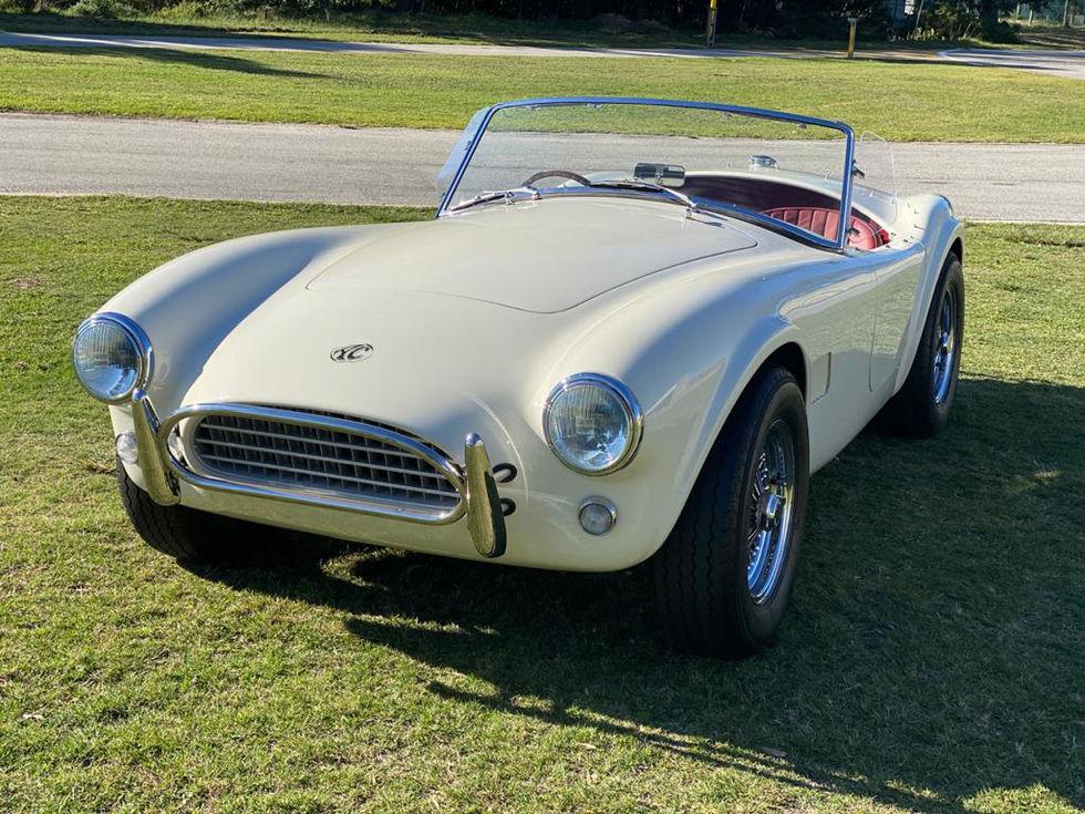 Klassikern AC Cobra nu även som elbil