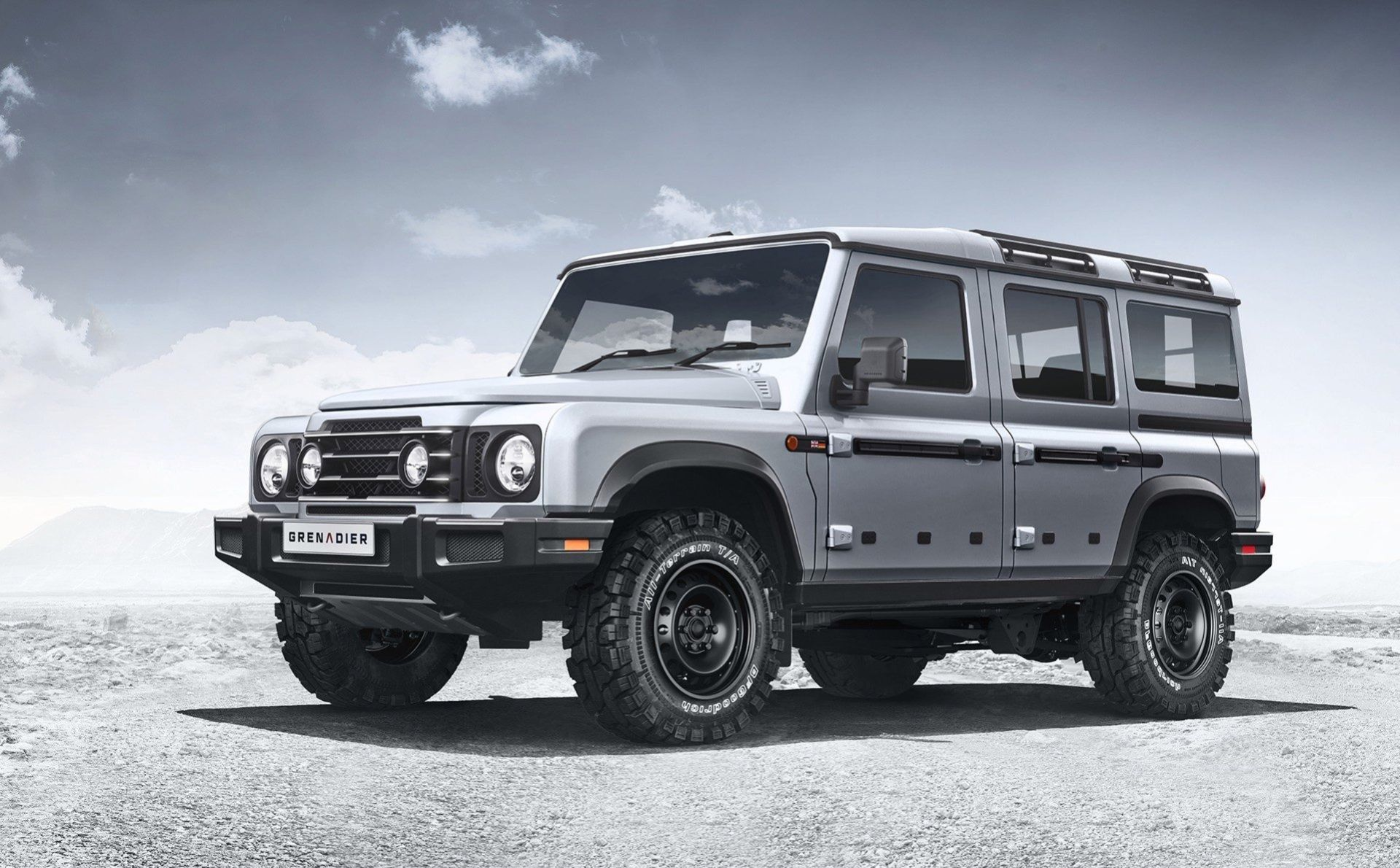Gamla Land Rover Defender återuppstår, typ