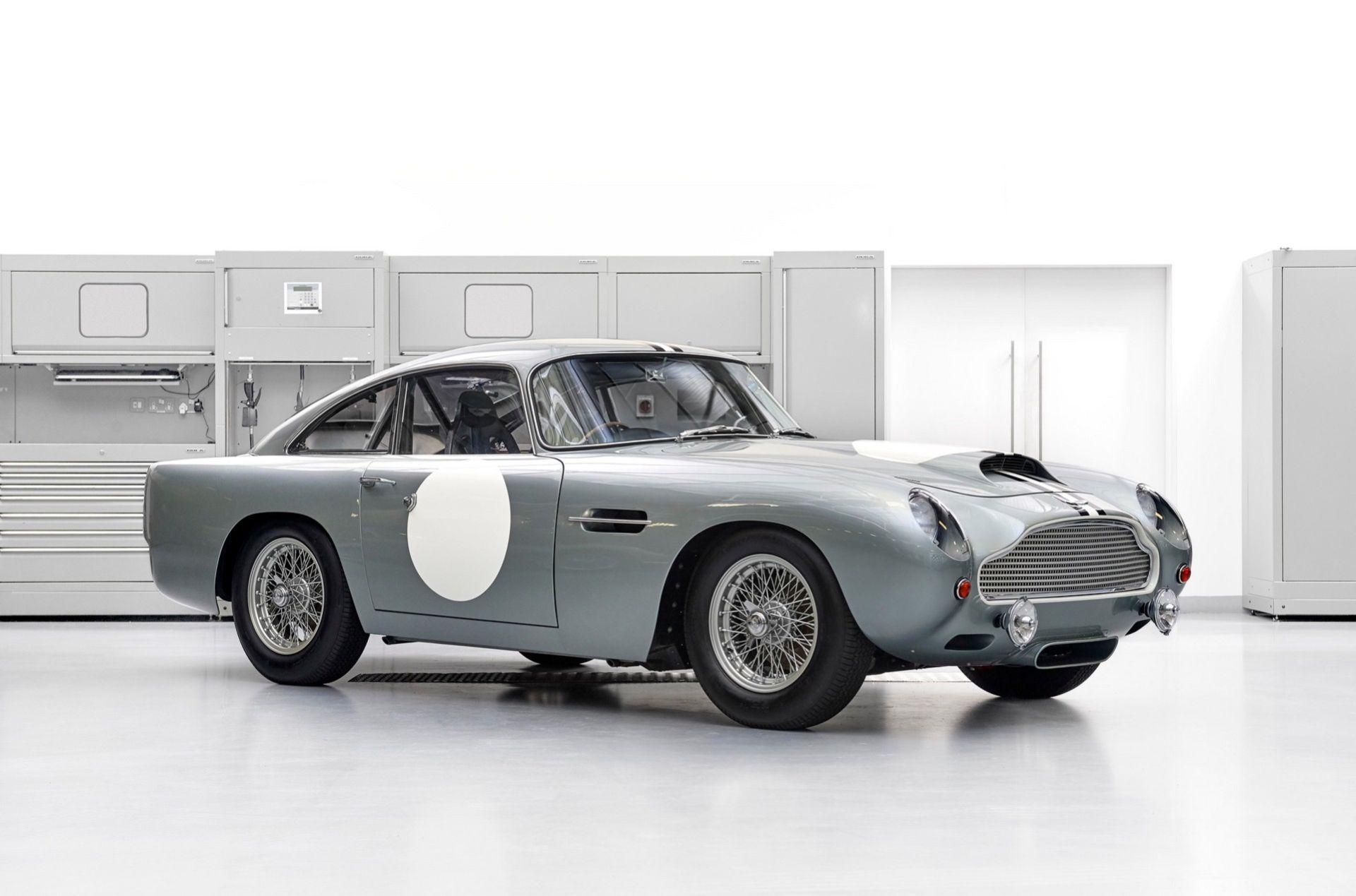 Aston Martin säljer den allra första av DB4 GT Continuation