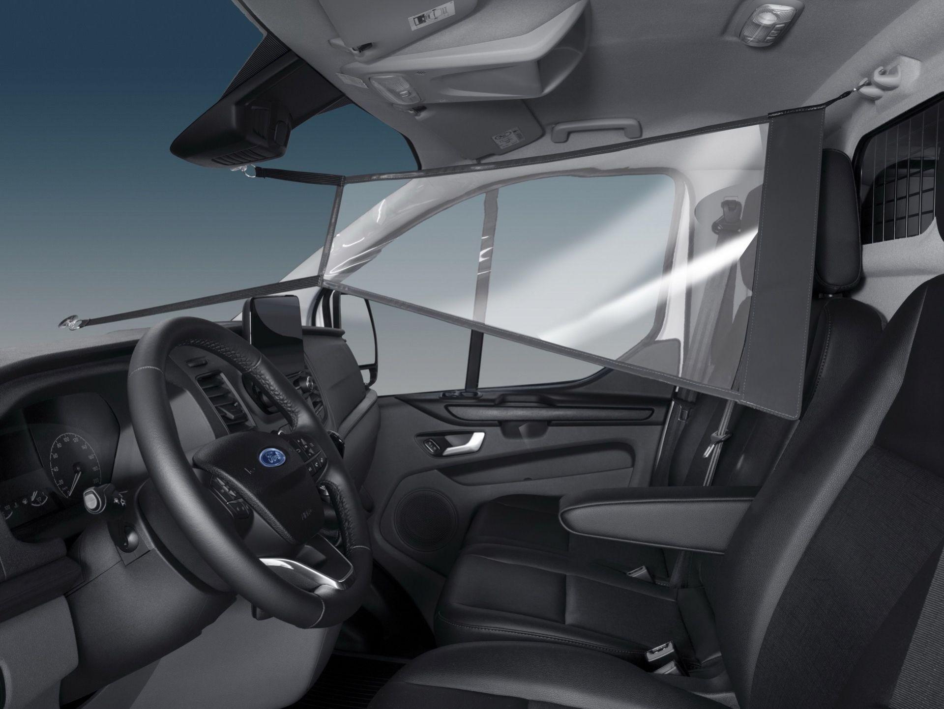 Ford har tagit fram smittskyddsvägg till Transit och Tourneo
