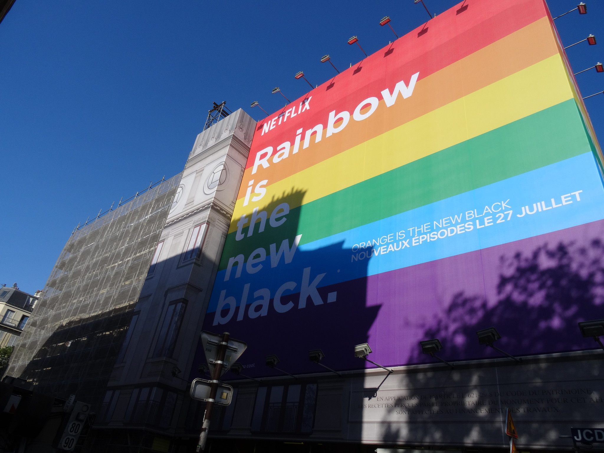 Netflix skrotar turkisk tv-serie efter homofob-bråk Fick inte tillstånd att filma på grund av att en karaktär var gay