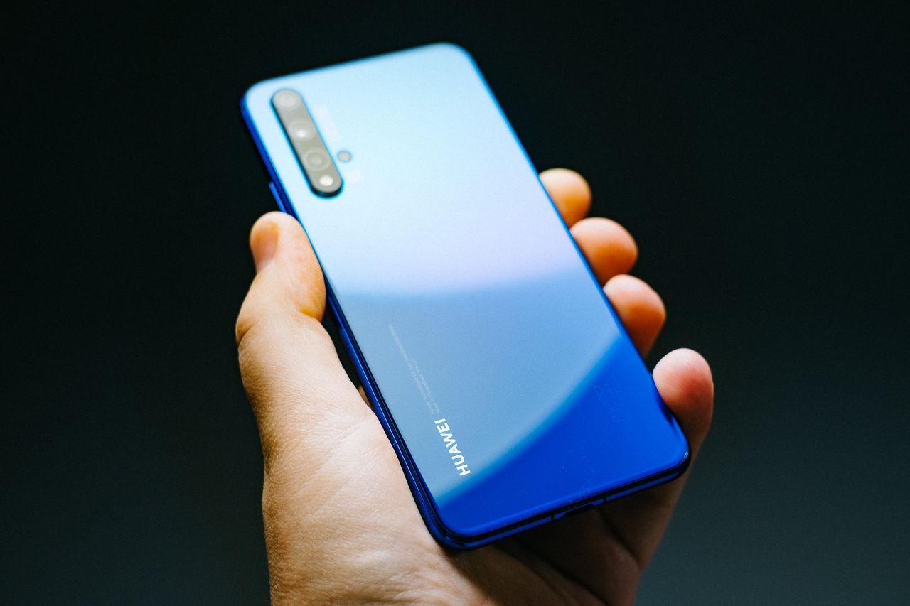 Huawei sålde flest mobiler i världen förra kvartalet