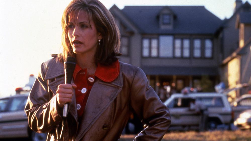 Courteney Cox dyker upp i Scream 5 Kommer Gale Weathers överleva en femte film?