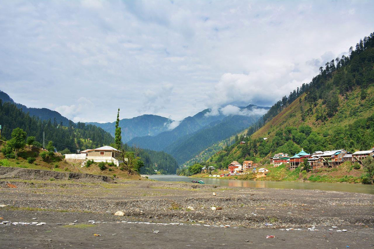 Indien slår på 4G-trafik i vissa delar av Kashmir igen