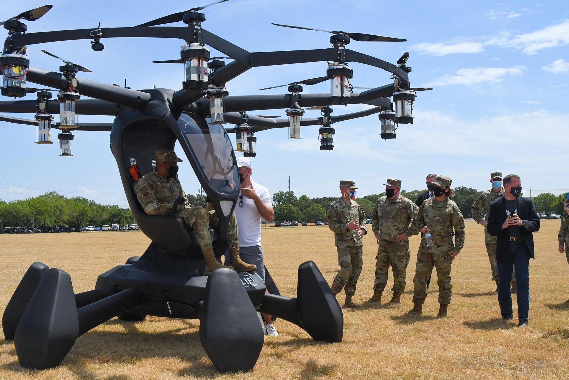 Amerikanska flygvapnet testar flygande bil