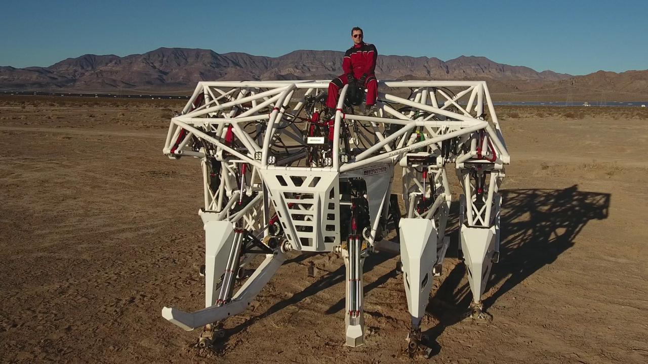 Företag vill dra igång racing-liga för mech-robotar