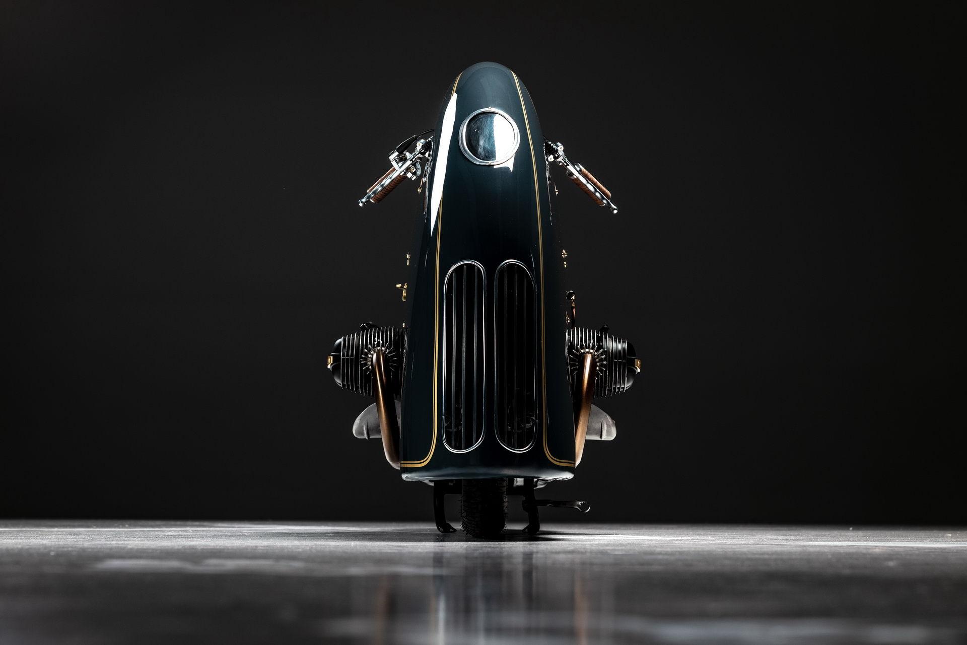 Steampunkad gammal BMW-motorcykel