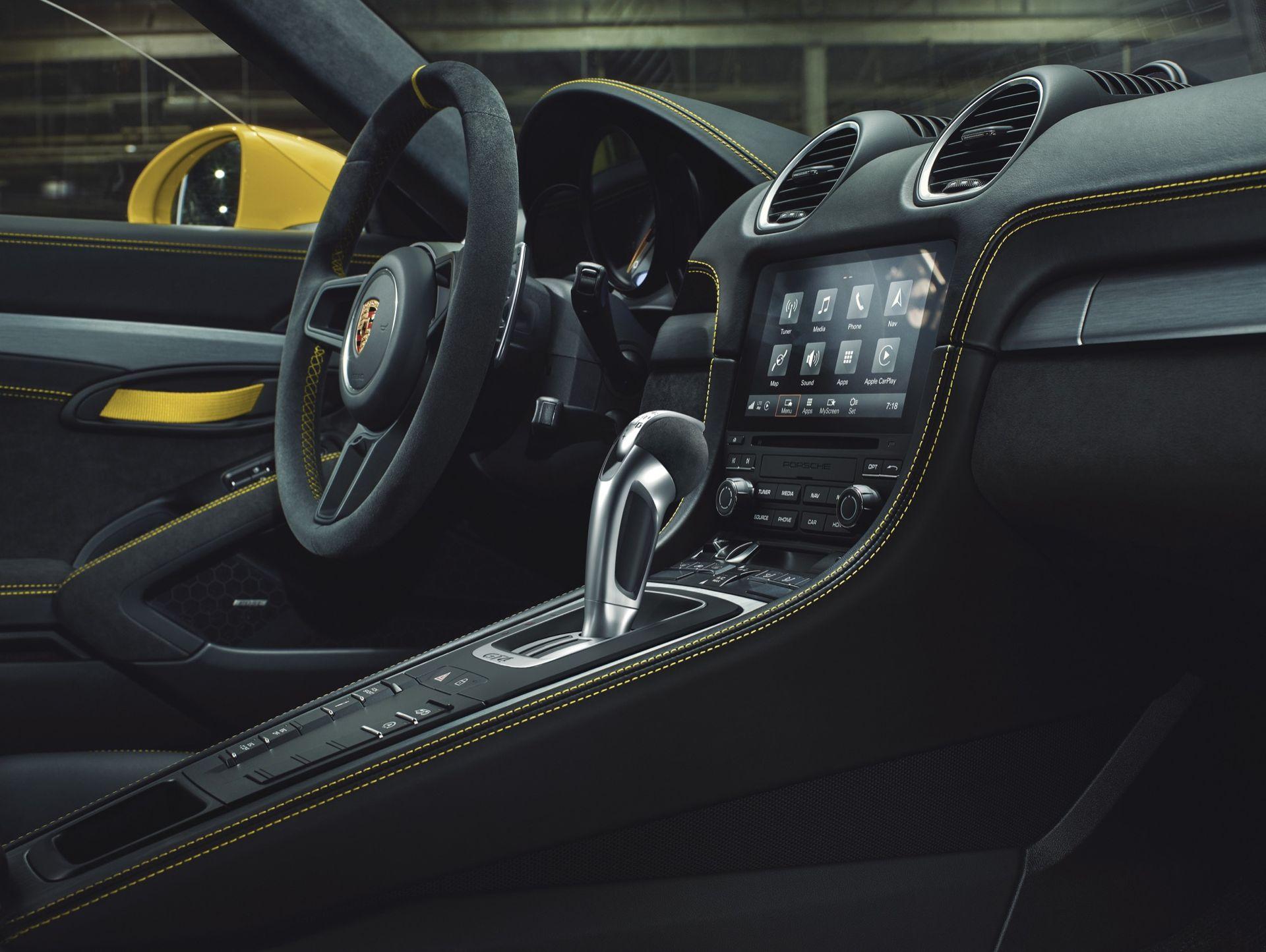 Dubbelkopplingslåda till toppmodellerna av Porsche 718