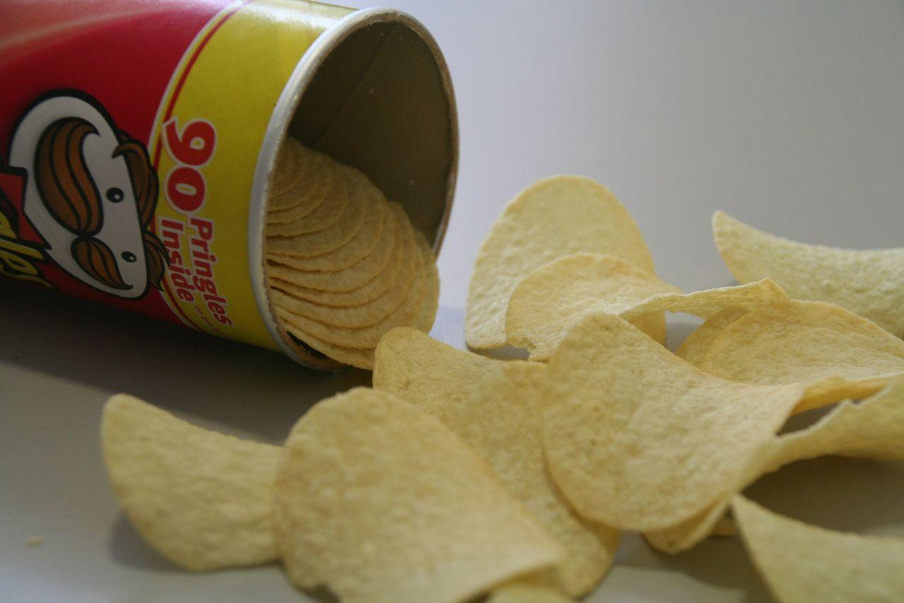 Pringles-förpackningen ska få ny design