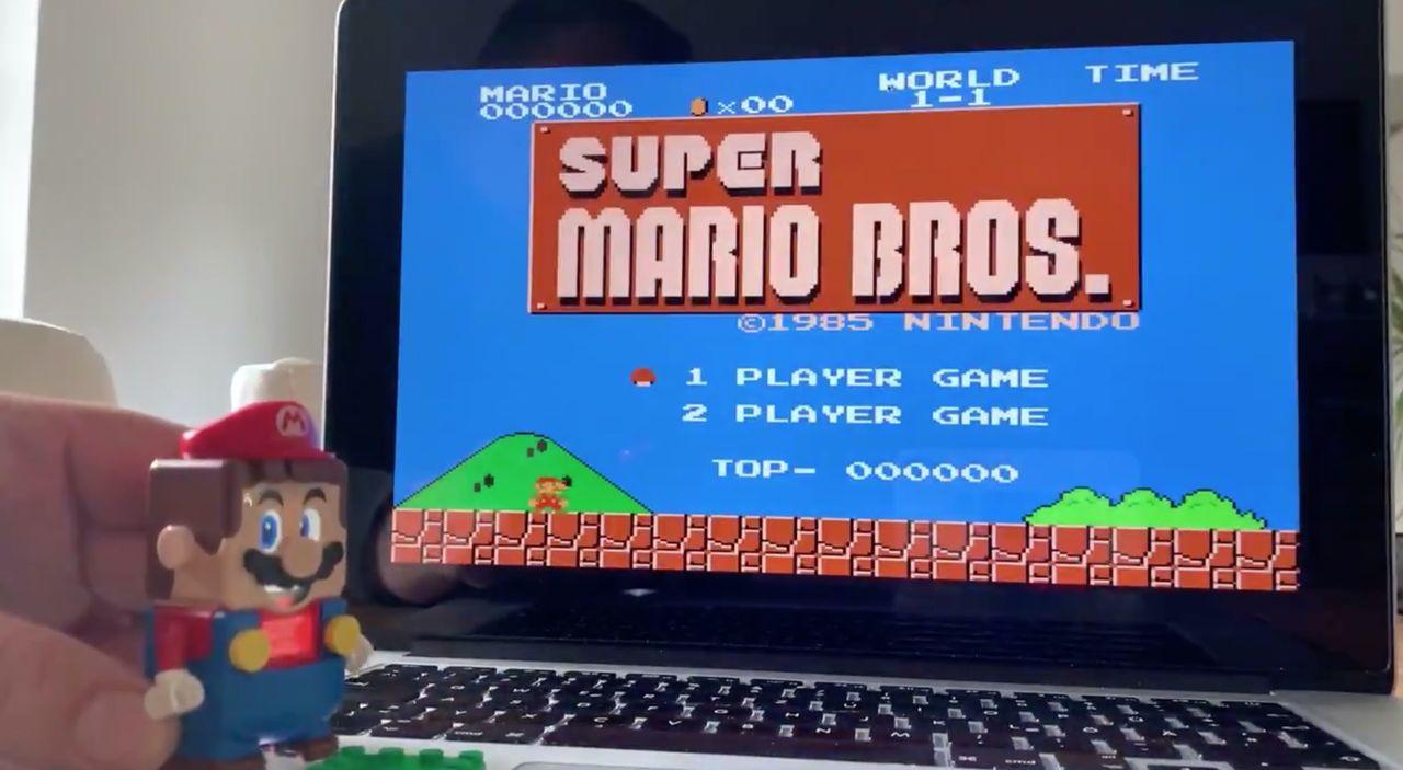 LEGO-Mario används för att styra Super Mario