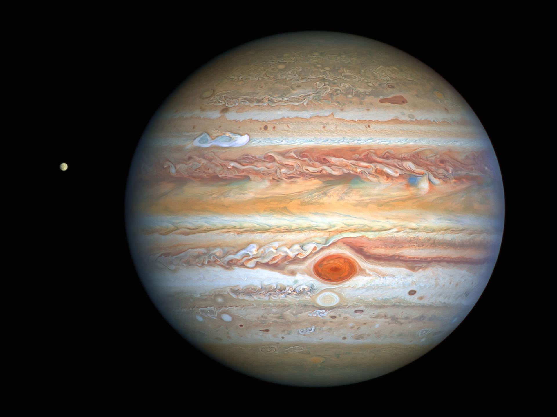 Hubble fotar nya bilder på Jupiter