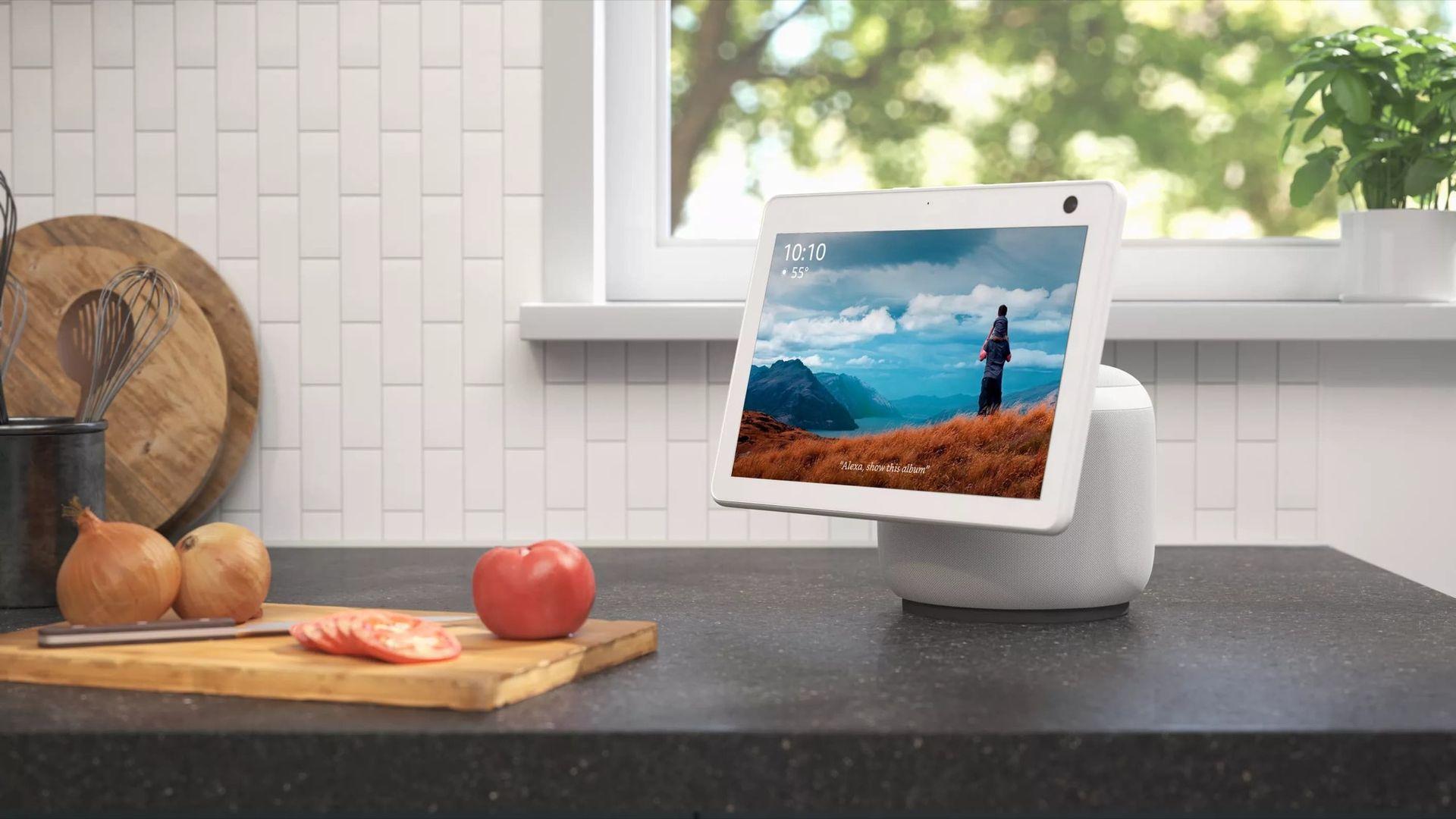 Amazon visar upp ny smart skärm med Alexa