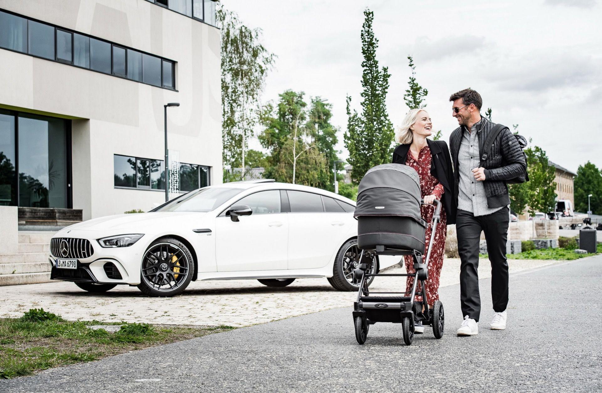 Ny AMG-barnvagn från Mercedes