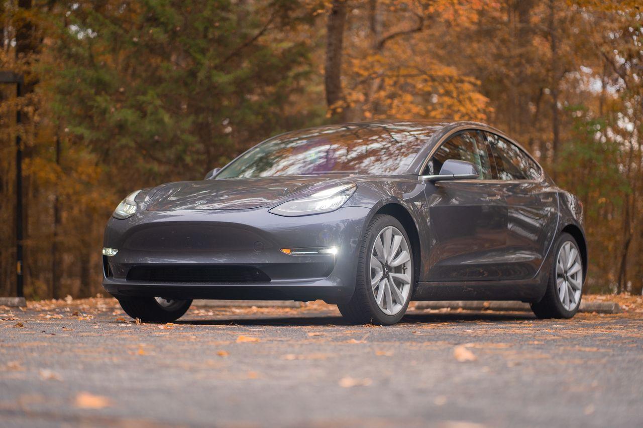 Tesla levererade 139 300 bilar förra kvartalet