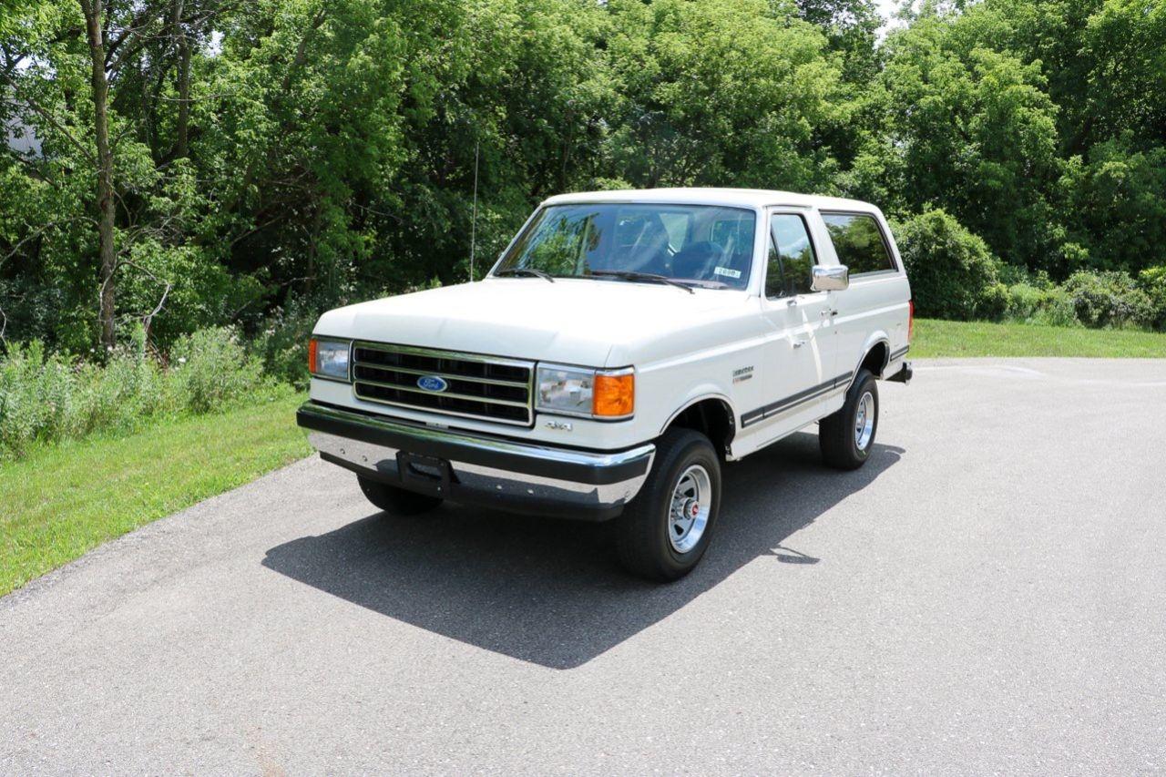 Ford Bronco från 1991 med 4,6 mil på mätaren