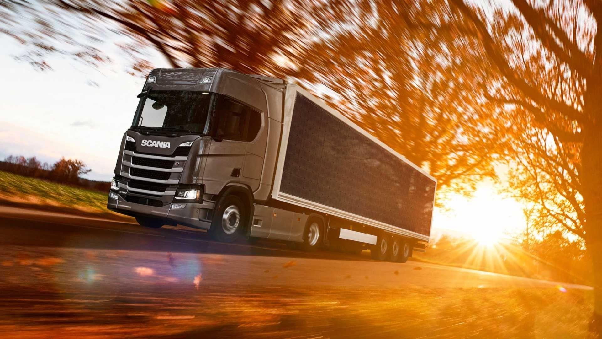 Scania testar släp med solceller på sig