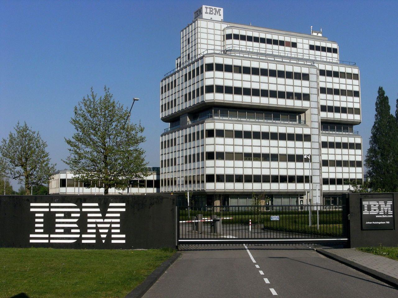 IBM ska delas upp i två företag