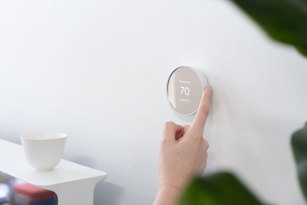 Google presenterar ny termostat från Nest