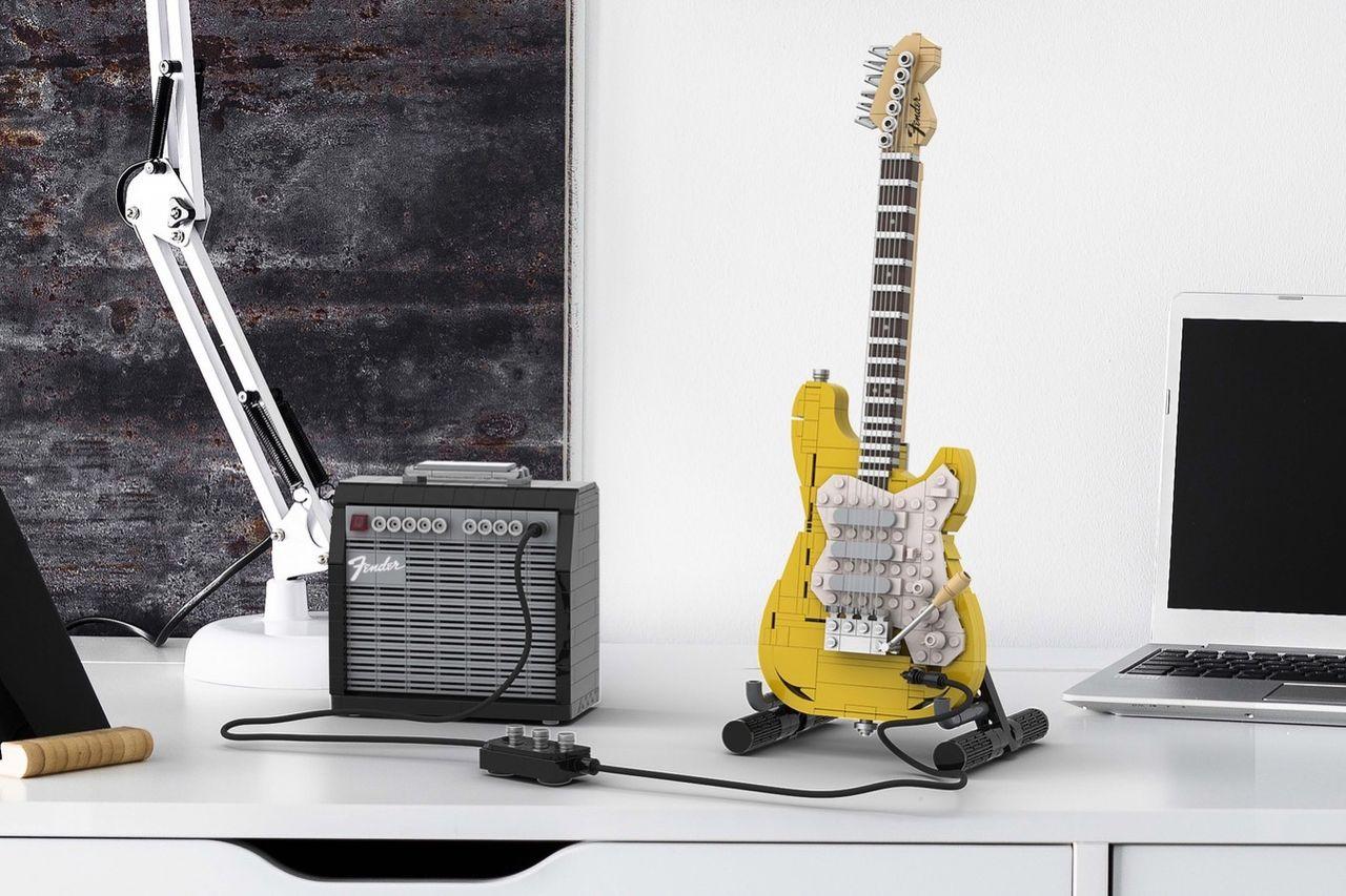 Fenders legendariska gitarr Stratocaster kommer som Lego