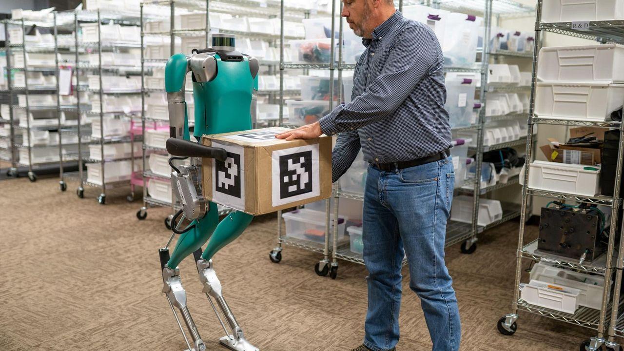 Roboten Digit ska arbeta sida vid sida med människor