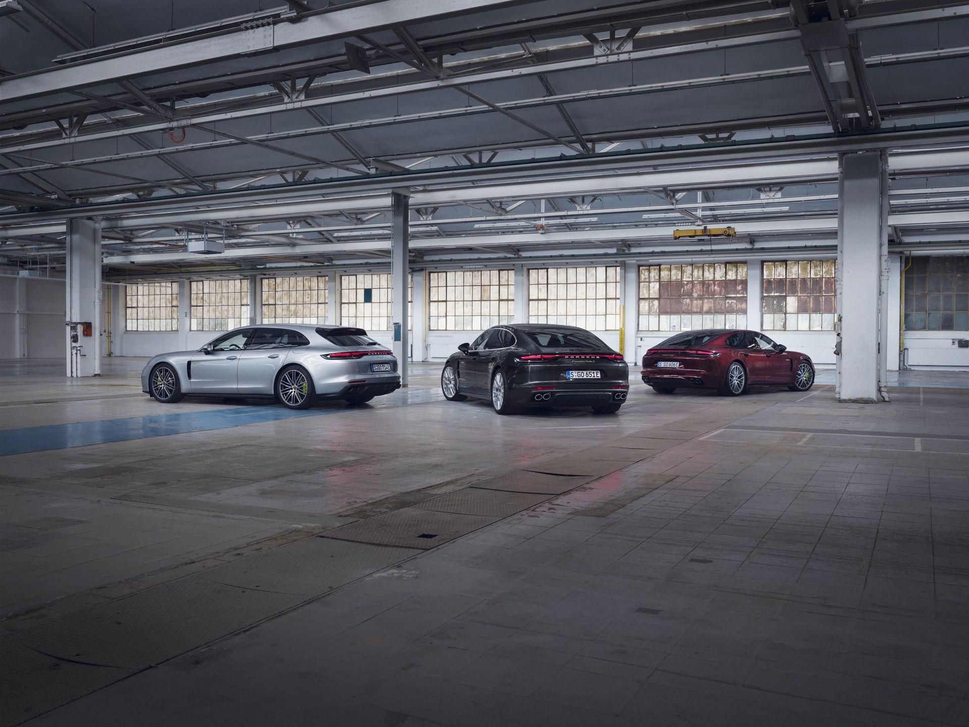 Porsche uppdaterar Panamera som laddhybrid